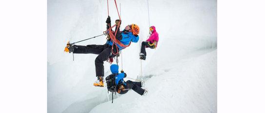 Занятие по спасработам, спасение из ледниковой трещины.
